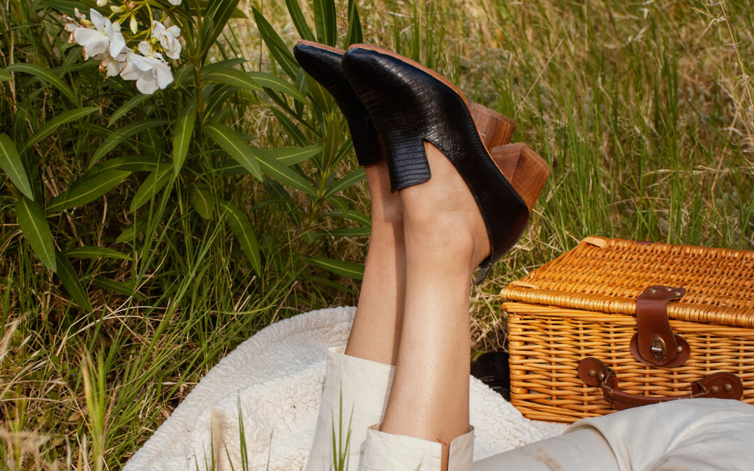 Guided by skilled cobblers Matsidiso ethically crafts modern accessories